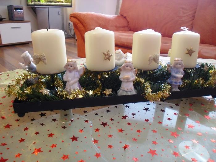 engel adventsgesteck bastelideen zu weihnachten basteln zur weihnachtszeit und kindern. Black Bedroom Furniture Sets. Home Design Ideas